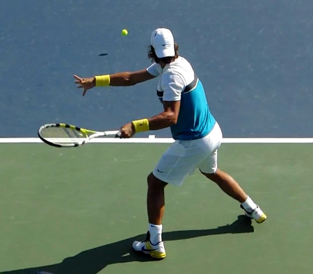forehand_contact_point_behind_baseline
