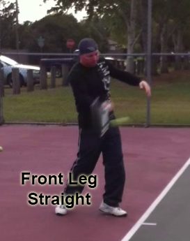 forehand_contact_point_leg_straight