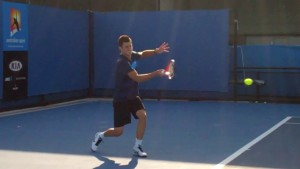forehand_follow_through_tomic_02