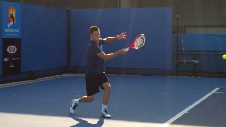 forehand_follow_through_tomic_03
