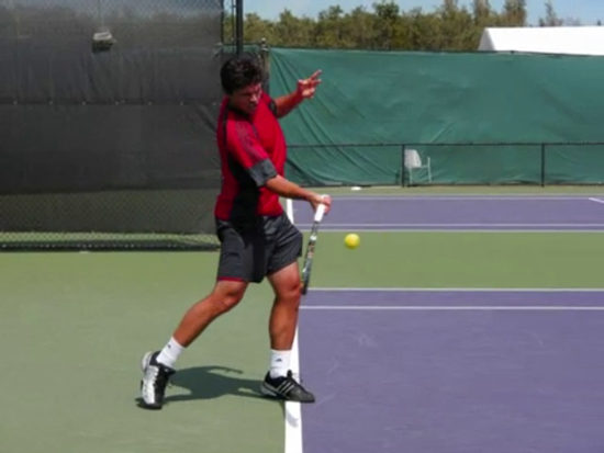 forehand_forward_swing__racquet_position_closed_04