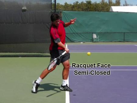 forehand_forward_swing__racquet_position_semi_closed