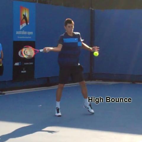 forehand_racquet_drop_bend_knees_high_bounce