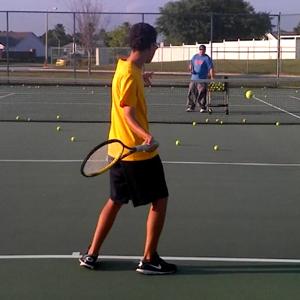 forehand_racquet_drop_horizontal_swing_01