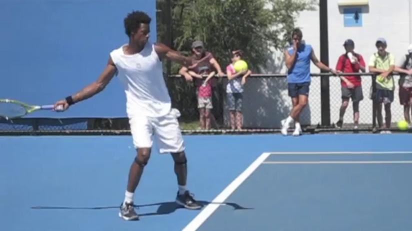 forehand_racquet_drop_pro_example_monfils_open_03