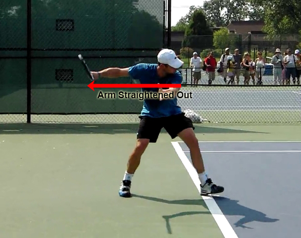 forehand_racquet_drop_pro_example_roddick_arm_straight