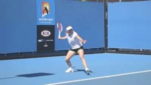 forehand_racquet_drop_pro_example_wozniaki_01