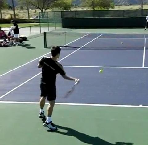 forehand_racquet_drop_step_open_01
