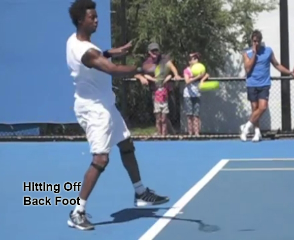 forehand_stances_open_stance_back_foot