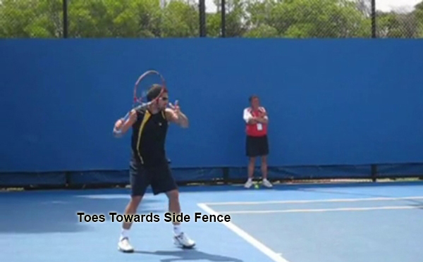 forehand_unit_turn_key_toes