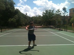serve_ball_toss_height_right_vs_wrong