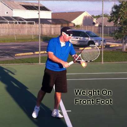 serve_starting_position_feet_weight_front