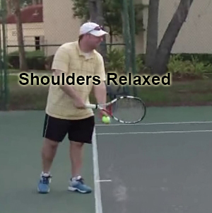 serve_starting_position_shoulders_relaxed