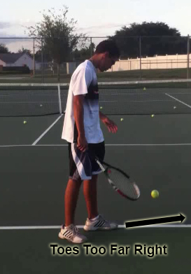 serve_starting_position_toes_too_far_right_01