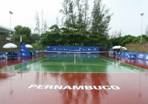 tennis-court-hard-wet